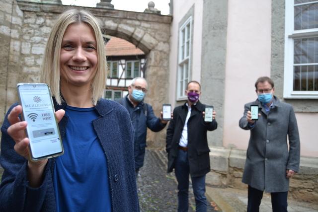 Free Wifi Mühlhausen freigeschaltet Ann Kristin Zabel OB Johannes Bruns Sven Wiedenhöft Frank Wender